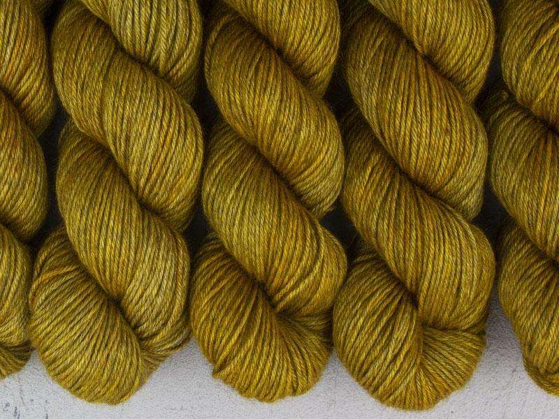 HALLOWEEN - 100g Yak Silk DK