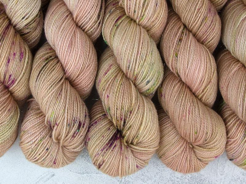 ANKH MORPORK - 100g sparkling sock yarn