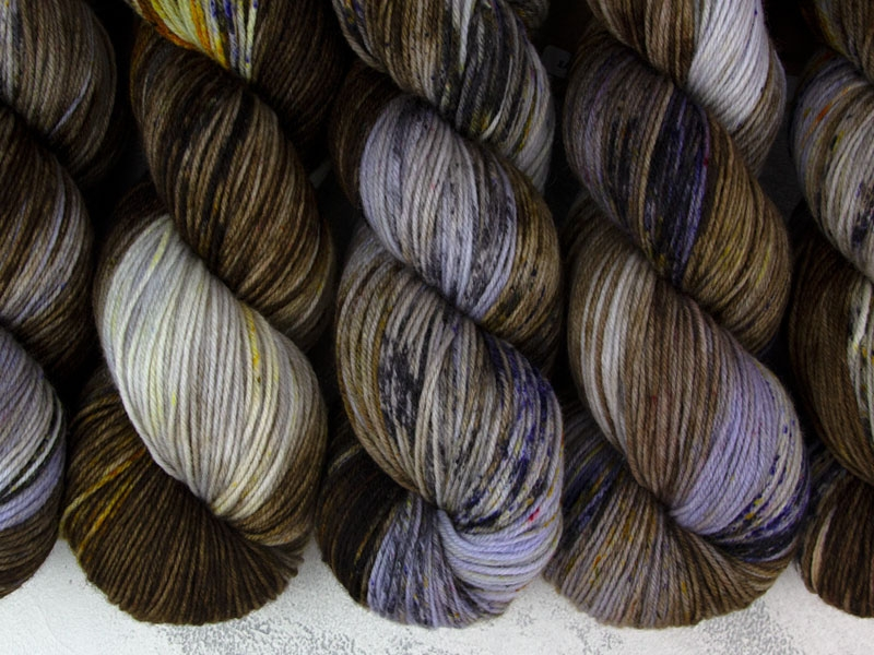 EARL GREY. HOT. - 100g merino sock yarn
