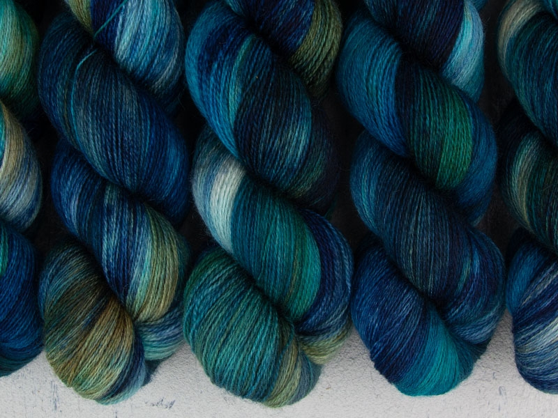 TOTORO - 100g BFL Lace