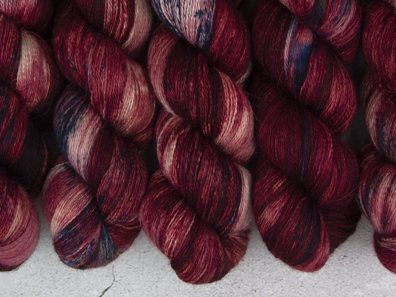 LORD OF WAR - 100g Alpaca Silk Cashmere Lace