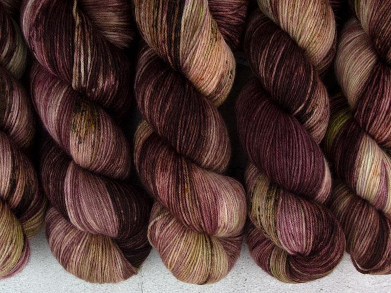KHALEESI - 100g merino sock yarn