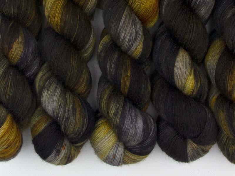 DRAKE - 100g BFL Lace