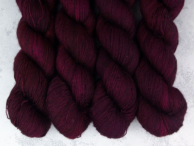 FIRE AND BLOOD - 100g Deluxe Single Lace