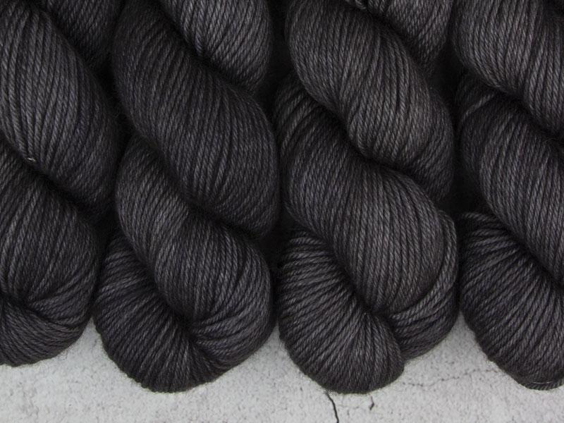 FREDDIE - 100g Yak Silk DK