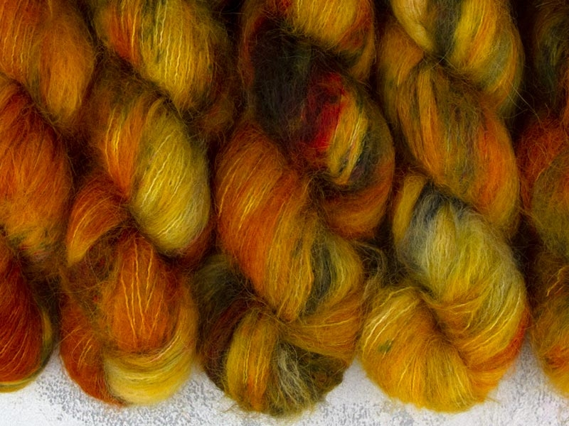 AZEROTH - 50g Suri Silk Lace