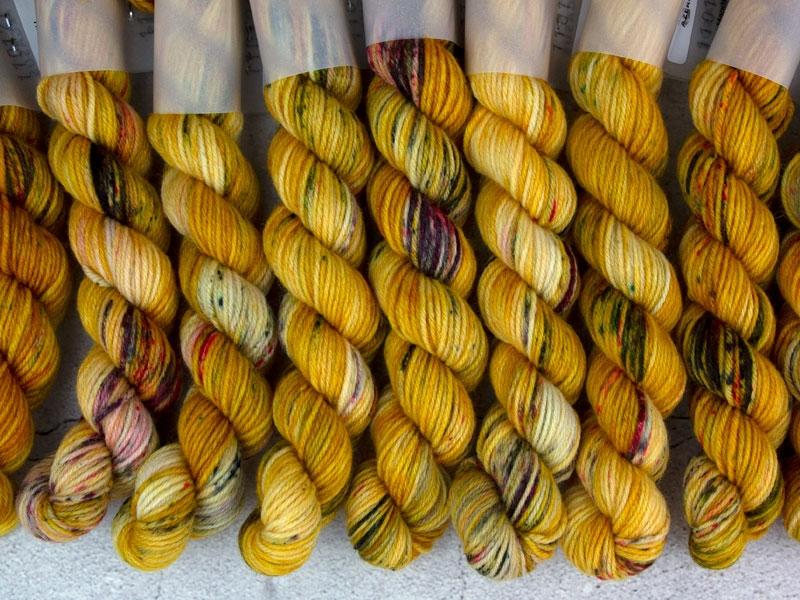 AZEROTH - 20g mini sock yarn