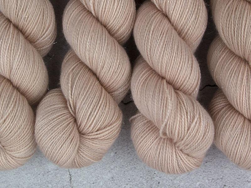 FUCHUR - 100g Sockenwolle glitzer