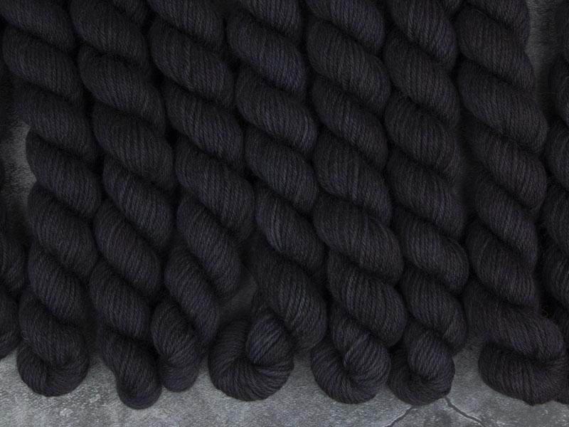BLACK HOLE - 20g mini sock yarn