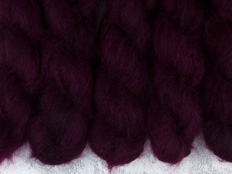 FIRE AND BLOOD - 50g Kidsilk Lace