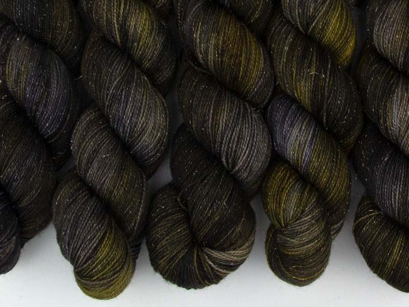DRAKE - 100g sparkling sock yarn