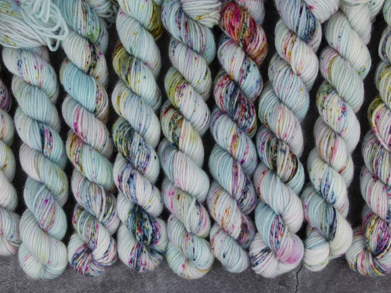 BUTTERFLY EFFECT - 20g mini sock yarn
