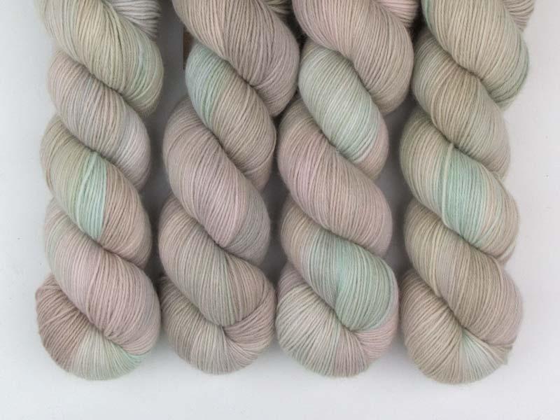 LAST OF US - 100g Sockenwolle Merino