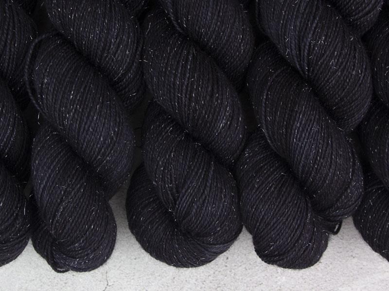 BLACK HOLE - 100g Sockenwolle glitzer