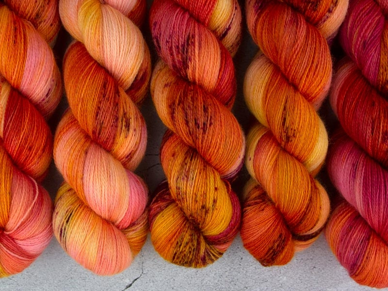 PRINCESS PEACH - 100g BFL Lace