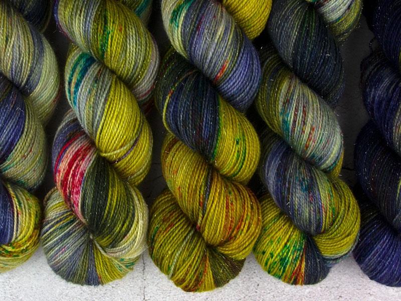 RELEASE THE KRAKEN - 100g sparkling sock yarn