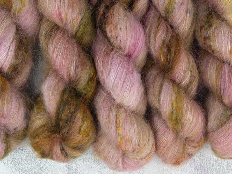 DIE HARD - 50g Suri Silk Lace