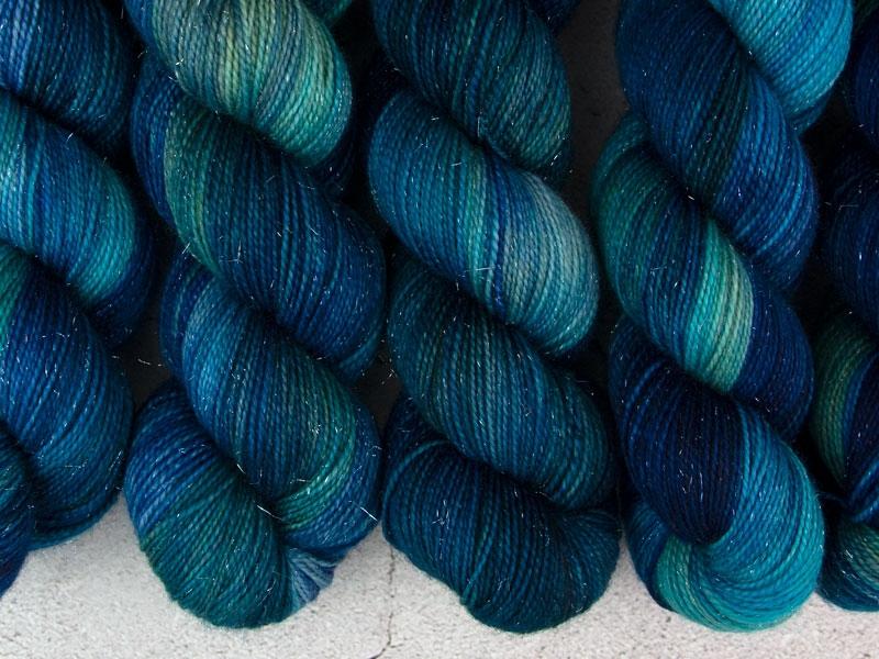 TOTORO - 100g sparkling sock yarn