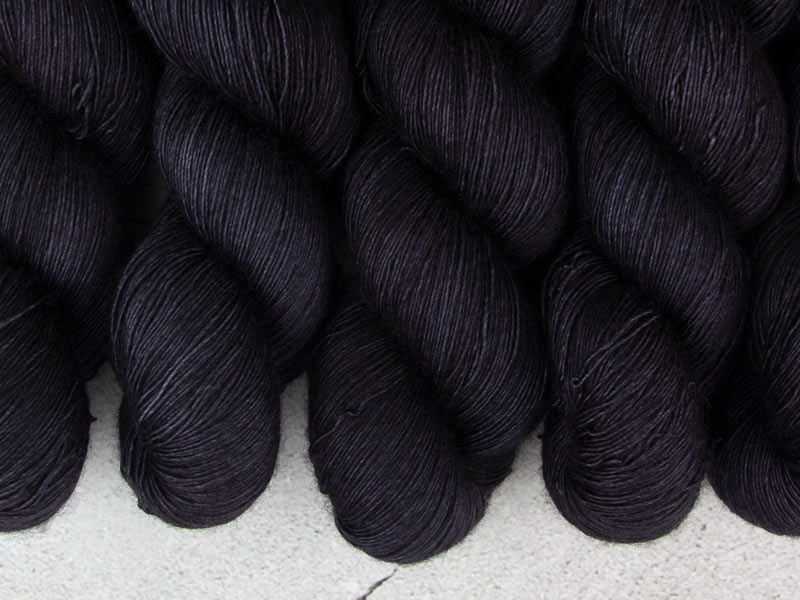 BLACK HOLE - 100g Deluxe Single Lace
