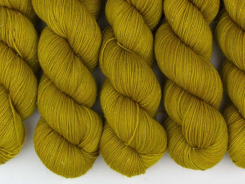KILL BILL - 100g sparkling sock yarn
