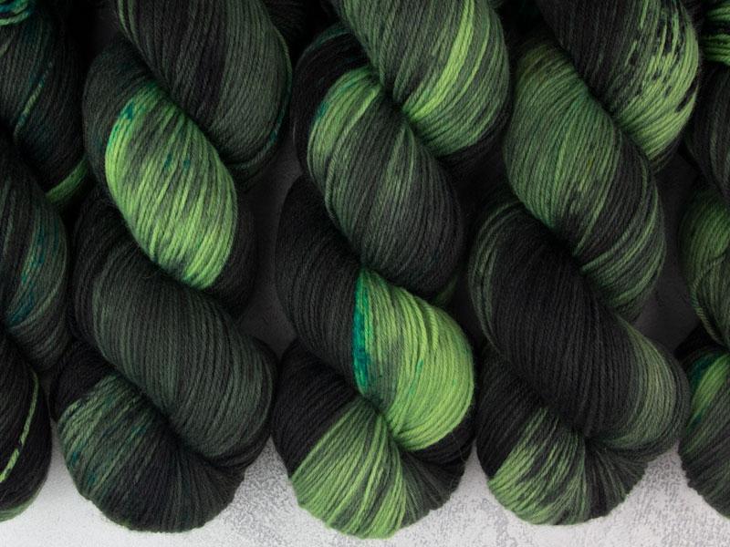 PANDEMIC - 100g Sockenwolle Merino