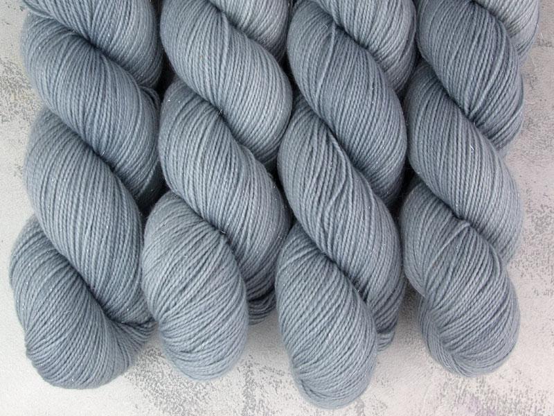 SEVEN OF NINE - 100g Sockenwolle glitzer