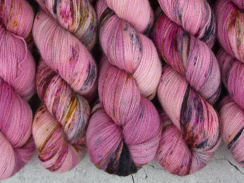 CHILDLIKE EMPRESS - 100g Alpaca Silk Cashmere Lace
